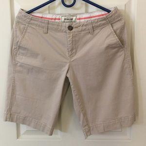 Old Navy favorite khakis, Shorts size 8